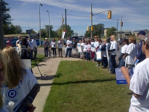 On the picket line at Providence Care, Kingston. Photo by Rankandfile.ca