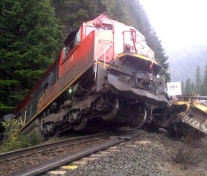 railroaded-cn-derailment-apr-25-20122