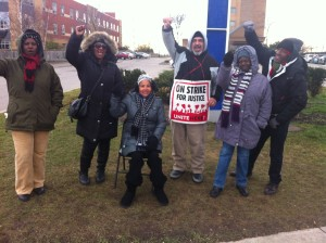 Workers with UNITE HERE Local 75 on the picket line in North York, Ontario. Photo by Stephen Ellis